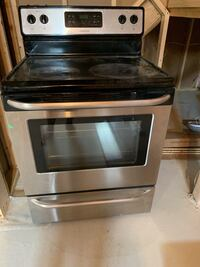 Stove- in perfect condition