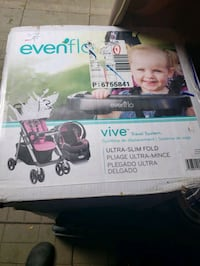 car seat and stroller brand new still in box Kitchener, N2E 1W1