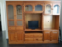 Beautiful Pine Entertainment unit Brampton