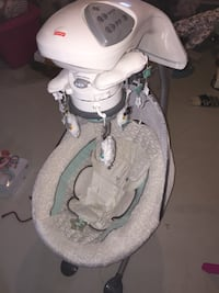 Baby's white and grey cradle and swing Barrie, L4N