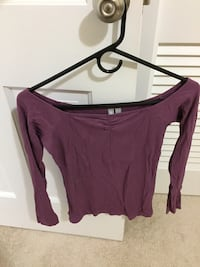 women's maroon scoop-neck long sleeve shirt Washington, 20002