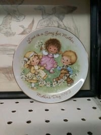 Mothers day 1983 plate  Middletown, 17057
