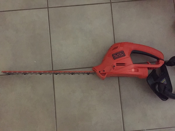 Electric Hedge Trimmer  ee23e6fc-5fe8-458d-94e7-a685dce44477