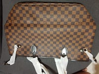 Damier ebene louis vuitton leather handbag Vancouver, V5X 2K7