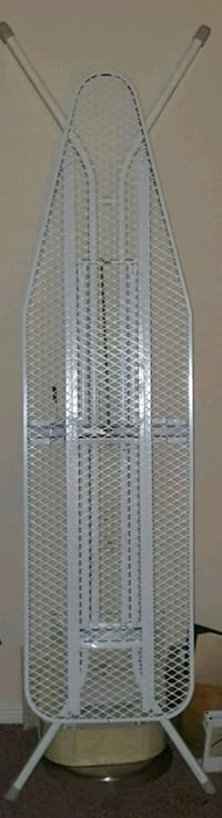 (Riverview)  Ironing Board!!  Riverview, 33578
