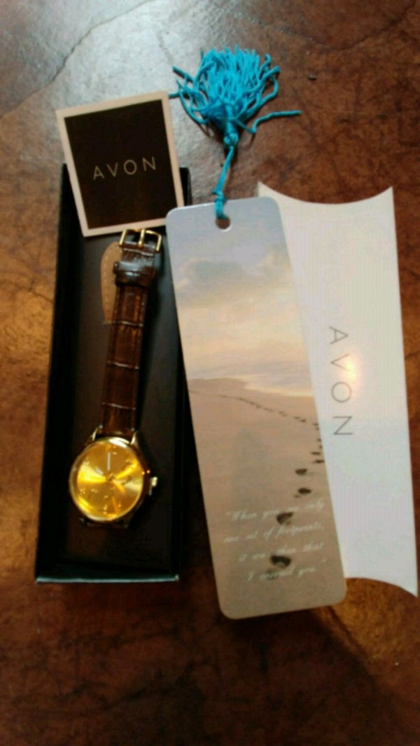 Avon Ftprints in the Sand watch and book mark. New