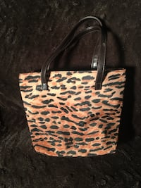 M05 Makeup Handbag, Cosmetic Travel, Toiletry Bag or Storage Pouch Richmond Hill, L4S 2P8