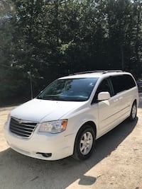 Chrysler - Town and Country - 2010 Smithfield, 02917