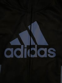 Kids Adidas Track Suit Size 5 Langley City