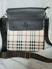 white and brown Burberry leather crossbody bag Laval, H7M