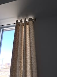 SET OF 6 PANEL CURTAINS Montréal, H4N