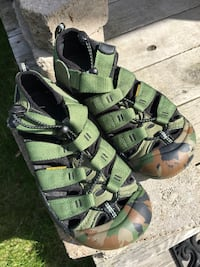 Keen Sandals - youth size 3 Anchorage