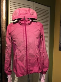 Like New Lululemon Rare Downtime Jacket in Violaceous SZ-4 - $120  Port Coquitlam