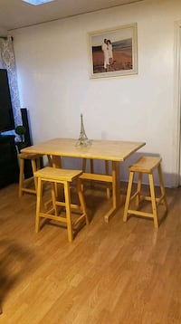 DINING TABLE WITH 4 STOOLS Ventura, 93001