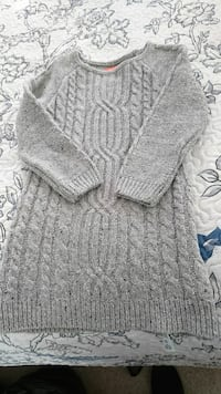 Woven dress/sweater  726 km