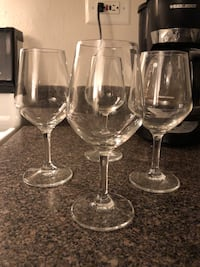 wine Glasses  set of 4 Friendship Heights, 20815