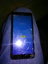 alcatel  cel phone works well but it has cracked screen