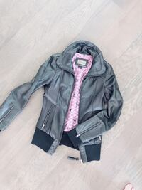Mackage leather jacket Size XXS Vancouver, V6Z 1Y6