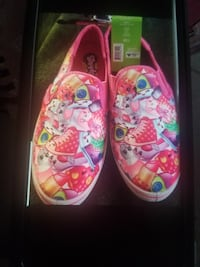 Girls size 3 shopkins shoes Chicago, 60629