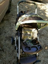 baby's brown and green stroller Moselle, 39459