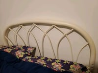 Double/ Queen Headboard and Footboard Richmond Hill, L4C 8J9