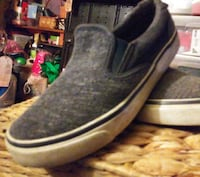 Old Navy slip on tennis shoes