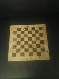 brown and black chess board Gladstone, 97027
