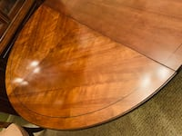 Formal Dining Room Table (2 leaf) Lanham, 20706