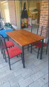 Dining set for sale Caledon, L7C 3S2