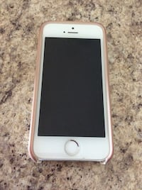 iPhone 5s with Kate Spade case Ottawa, K4A 0V3