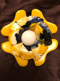 Yellow and blue vintage brooch Toronto, M9N 3L4