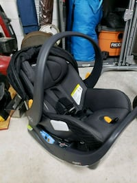 baby's black and blue car seat carrier Orlando, 32827