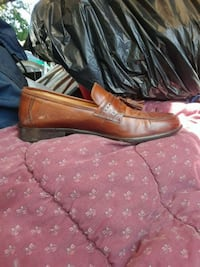 pair of brown leather shoes Tacoma, 98405