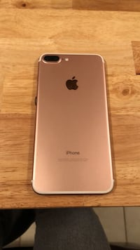 rose gold iPhone 7 plus Fort Myers, 33966