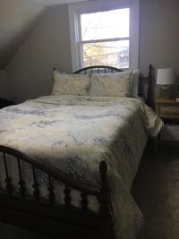 Crate and Barrel Duvet Cover and Shams 412 mi