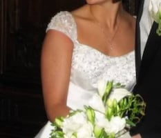 Size 5 A-line Wedding Dress with capped sleeves