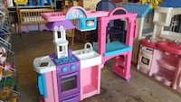 Little tikes kitchen@clic klak Mississauga  Toronto, M6H 2C9