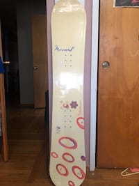 Morrow Female snowboard without bindings