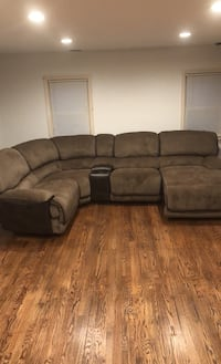 Six Piece Reclining Sectional Palmyra, 08065