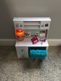 Our generation desk with chair (doll furniture) Murfreesboro, 37130
