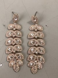 Baron swarovski earrings Toronto, M1T 2B6