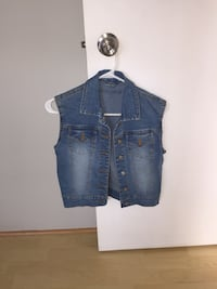 blue denim button-up vest Laval, H7K 1Y5