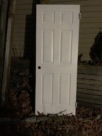 6 Panel 30x80 left hand interior door with locking knob and hinges Sicklerville, 08081