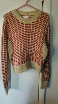 white and red striped sweater Boonsboro, 21713