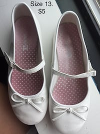 pair of white leather flats Chevy Chase, 20815