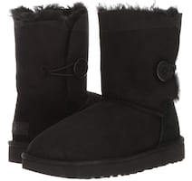 uggs with button on side