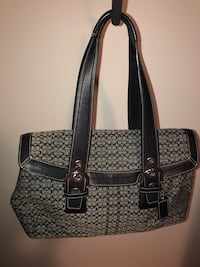 Authentic Coach purse. Black/grey signature logo material with black leather trim. Excellent condition  Surrey, V3S
