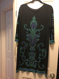black and green floral long-sleeved dress Gaithersburg, 20879