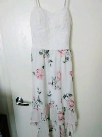 White dress with pink roses