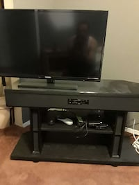 """32"""" Samsung T.V. and stand  El Paso, 79928"""